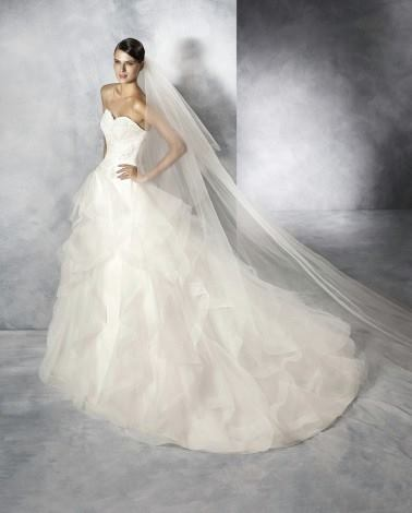 Pronovias Jalaila Wedding Gown