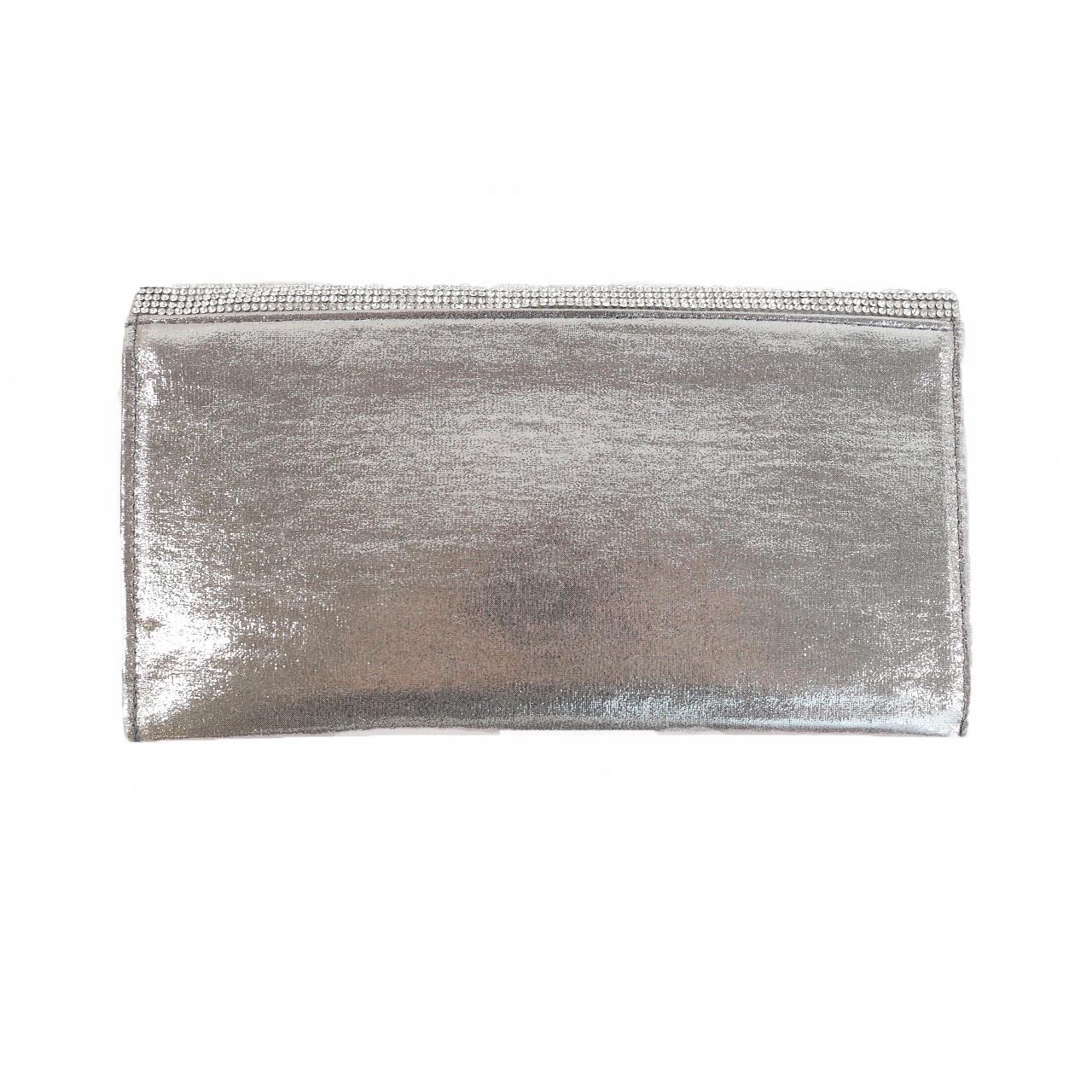 silver_clutch_back